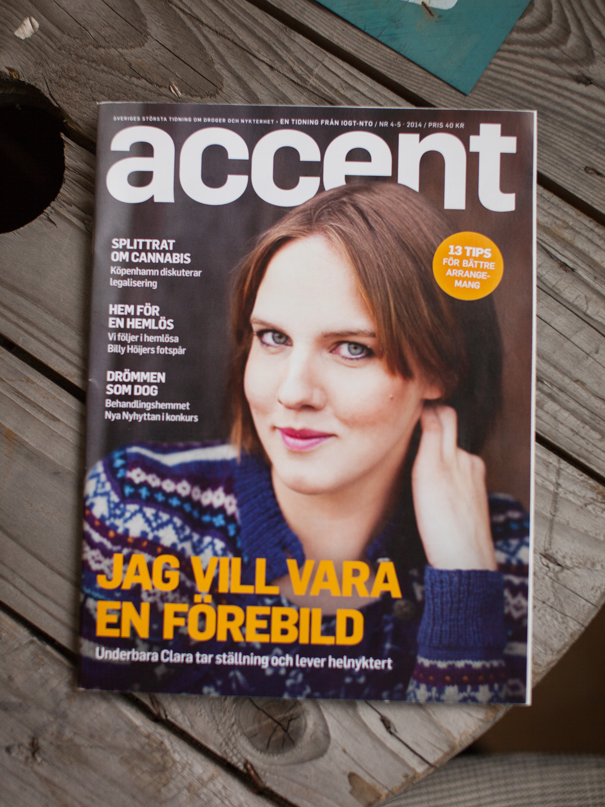 Magazine cover - Accent